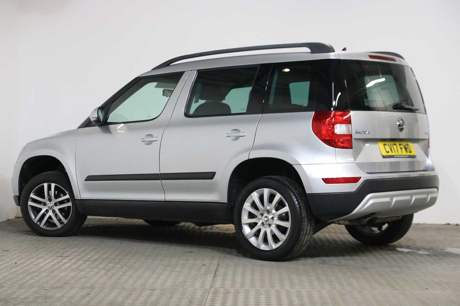 SKODA Yeti Outdoor SE 1.2 TSI 110 PS DSG